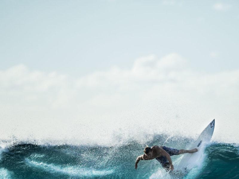 Aïtana Design, Caroline Viollier, graphisme, direction artistique, création graphique, design graphique, branding, Biarritz, Paris, studio de création, surthèque, la surfthèque, graphisme surf, identité visuelle surf, graphisme biarritz, surf design